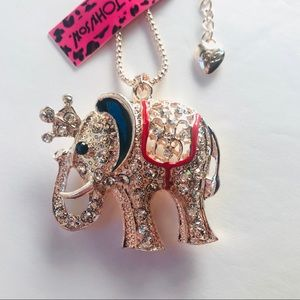 Truly Gorgeous Crowned Elephant Necklace